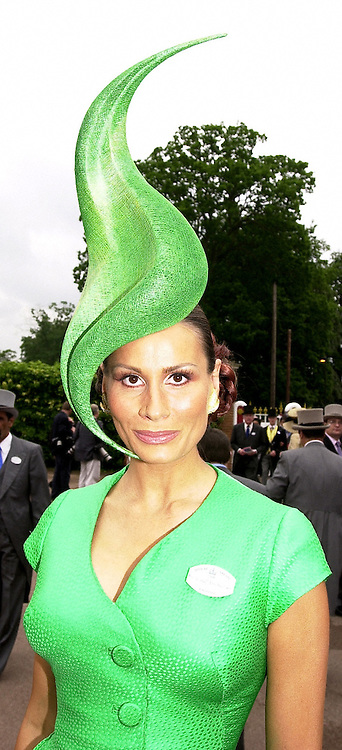 Designer ISABELLE KRISTENSEN, at Royal Ascot <br /> on 20th June 2000.OFN 50<br /> &copy; Desmond O&rsquo;Neill Features:- 020 8971 9600<br />    10 Victoria Mews, London.  SW18 3PY <br /> www.donfeatures.com   photos@donfeatures.com<br /> MINIMUM REPRODUCTION FEE AS AGREED.<br /> PHOTOGRAPH BY DOMINIC O'NEILL