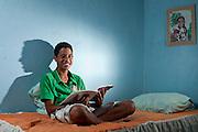Contagem_MG, Brasil...Projeto De Volta pra Casa, em Contagem, Minas Gerais. O projeto visa tirar criancas de abrigos e leva-las de volta aos seus lares. Na foto, garoto que voltou para a casa gracas ao project...De volta pra casa project, in Contagem, Minas Gerais. The project aims to get children from shelters and take them back to their homes. In the photo, the boy who returned home thanks to the project...Foto: LEO DRUMOND / NITRO.Foto: LEO DRUMOND / NITRO