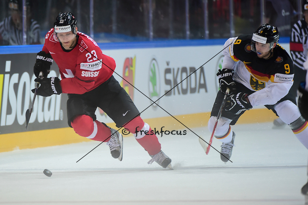05.05.2015; Prague; Eishockey WM 2015 - IIHF ICE HOCKEY WORLD CHAMPIONSHIP;<br /> Switzerland - Germany;<br /> Simon Bodenmann (SUI) <br /> (Andy Mueller/freshfocus)