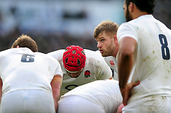 George Kruis of England speaks to his team-mates - Mandatory byline: Patrick Khachfe/JMP - 07966 386802 - 12/03/2016 - RUGBY UNION - Twickenham Stadium - London, England - England v Wales - RBS Six Nations.
