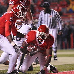Oct 16, 2009; Piscataway, NJ, USA; Rutgers wide receiver Mohamed Sanu (6) runs for a touchdown during first half NCAA football action between Rutgers and Pittsburgh at Rutgers Stadium.