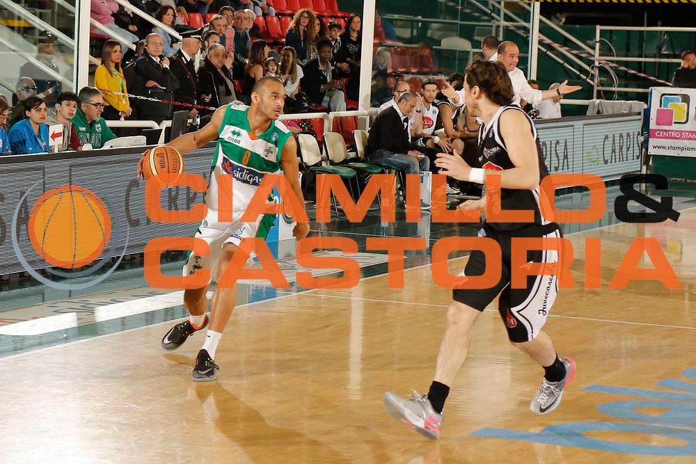 DESCRIZIONE : Avellino Lega A 2014-15 Sidigas Avellino Pasta Reggia Caserta<br /> GIOCATORE : Adam Hanga<br /> CATEGORIA : palleggio<br /> SQUADRA : Sidigas Avellino<br /> EVENTO : Campionato Lega A 2014-2015<br /> GARA : Sidigas Avellino Pasta Reggia Caserta<br /> DATA : 19/04/2015<br /> SPORT : Pallacanestro <br /> AUTORE : Agenzia Ciamillo-Castoria/A. De Lise<br /> Galleria : Lega Basket A 2014-2015 <br /> Fotonotizia : Avellino Lega A 2014-15 Sidigas Avellino Pasta Reggia Caserta