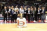 DESCRIZIONE : Desio Campionato Lega A 2011-12 Bennet Cantu Montepaschi Siena<br /> GIOCATORE : Premiazione Coppa Campioni Pallacanestro Cantu<br /> CATEGORIA : Ritratto Premiazione<br /> SQUADRA : Bennet Cantu<br /> EVENTO : Campionato Lega A 2011-2012<br /> GARA : Bennet Cantu Montepaschi Siena<br /> DATA : 12/04/2012<br /> SPORT : Pallacanestro<br /> AUTORE : Agenzia Ciamillo-Castoria/G.Cottini<br /> Galleria : Lega Basket A 2011-2012<br /> Fotonotizia : Desio Campionato Lega A 2011-12 Bennet Cantu Montepaschi Siena<br /> Predefinita :