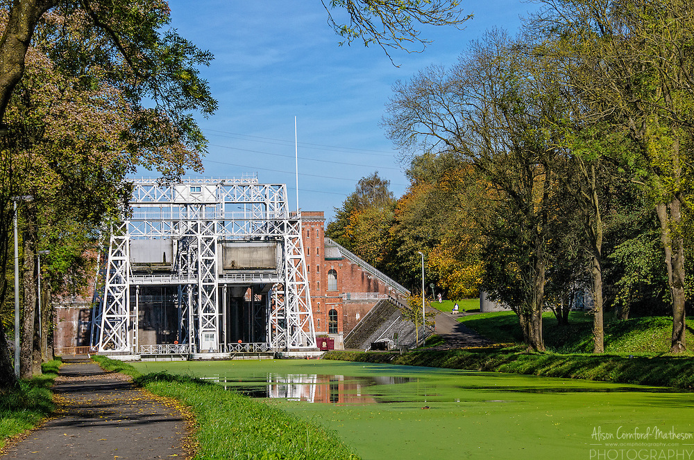 The Houdeng-Goegnies boat lift, one of Belgium's UNESCO designated Four Lifts on the Canal du Centre and their Environs, La Louvière and Le Roeulx (Hainaut) For more information, please visit: http://cheeseweb.eu/2014/11/visiting-strepythieu-historic-boat-lifts-hainaut-belgium/
