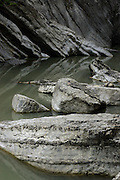 Entlang des Wanderweges von Broc nach Charmey, Jaunbach in der Jaunbachschlucht. Gorges de la Jogne. © Romano P Riedo