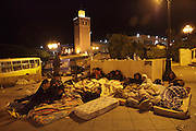 Tunisians from province continue the protest under the Governemet building overnight despite the curfew imposed by the autorities.