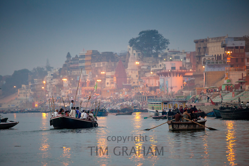 Traditional scenes on River Ganges at Varanasi, Benares, Northern India RESERVED USE - NOT FOR DOWNLOAD -  FOR USE CONTACT TIM GRAHAM