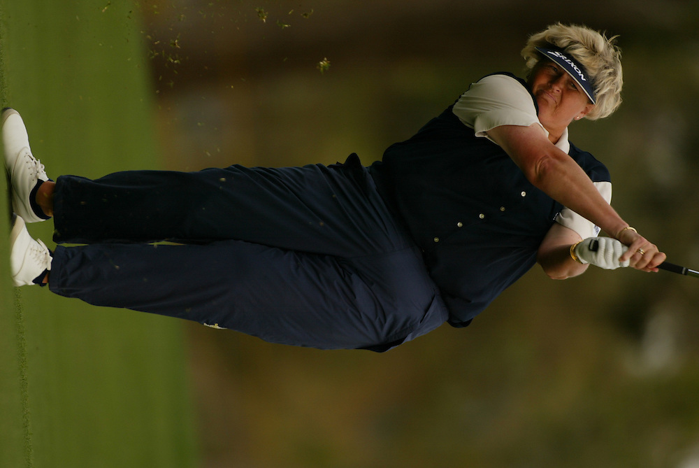 Laura Davies..LPGA Welch's Fry's Championship.Third Round.Dell Urich Course at Randolph Park.Tucson, AZ.Saturday, March 13 2004..photograph by Darren Carroll