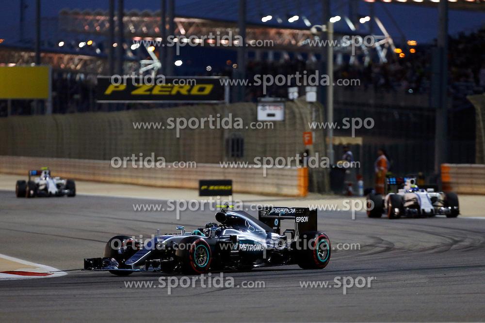 03.04.2016, International Circuit, Sakhir, BHR, FIA, Formel 1, Grand Prix von Bahrain, Rennen, im Bild Nico Rosberg (GER) Mercedes-Benz F1 W07 Hybrid // during Race for the FIA Formula One Grand Prix of Bahrain at the International Circuit in Sakhir, Bahrain on 2016/04/03. EXPA Pictures &copy; 2016, PhotoCredit: EXPA/ Sutton Images/ Martini/<br /> <br /> *****ATTENTION - for AUT, SLO, CRO, SRB, BIH, MAZ only*****