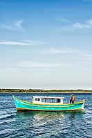 Barco na Costa da Lagoa. Florianópolis, Santa Catarina, Brasil. / Boat at Costa da Lagoa. Florianopolis, Santa Catarina, Brazil.
