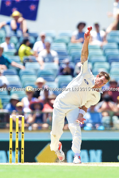 Doug Bracewell of the New Zealand Black Caps bowls during Day 1 on the 13th of November 2015. The New Zealand Black Caps tour of Australia, 2nd test at the WACA ground in Perth, 13 - 17th of November 2015.   Photo: Daniel Carson / www.photosport.nz