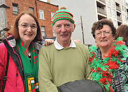 Marian McKenna with Tom and Helen Murphy from Castlebar on their way to the All Ireland Semi-final between Mayo and Dublin on sunday last.<br /> Pic Conor McKeown