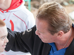 23.03.2017, Sporthotel Royer, Schladming, AUT, Special Olympics 2017, Wintergames, Arnold Schwarzenegger besucht die Spiele, im Bild Arnold Schwarzenegger mit einem Athleten // during the Special Olympics World Winter Games Austria 2017 in Schladming, Austria on 2017/03/23. EXPA Pictures © 2017, PhotoCredit: EXPA / Martin Huber