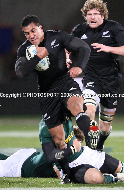 Mils Muliaina on the charge.<br /> Phillips Tri Nations. All Blacks v South Africa, Carisbrook, Dunedin, New Zealand. Saturday 12 July 2008. Photo: Rob Jefferies/PHOTOSPORT