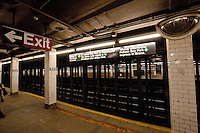 subway station on line 4 in New York City October 2008