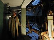 Tim Llewellen, Thomas Kilpper, Drowning Hercules. Riddell House, St. Thomas hospital, London. © Copyright Photograph by Dafydd Jones 66 Stockwell Park Rd. London SW9 0DA Tel 020 7733 0108 www.dafjones.com