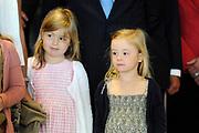 Het eindconcert van Kinderen Maken Muziek in de Heineken Music Hall. De ruim 3000 kinderen die de afgelopen tijd overal in het land muziekgroepen vormden, traden gezamenlijk op. ///// The final concert of Children Making Music in the Heineken Music Hall. The more than 3000 children who recently formed bands across the country, acted together.<br /> <br /> Op de foto / On the Photo: prinses Alexia en prinses Ariane