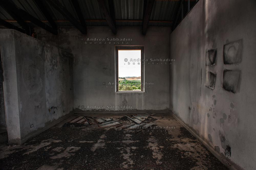 Monasterace, 03/07/2017: Agriturismo bio ecologico &quot;a lanterna&quot; vittima di attentati incendiari criminali.<br /> &copy; Andrea Sabbadini