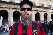 BILBAO, SPANIEN - 2017-11-02: Per Ekman, supporter till &Ouml;stersunds FK p&aring; Plaza Nueva inf&ouml;r UEFA Europa League group J matchen mellan Athletic Bilbao och &Ouml;stersunds FK p&aring; Estadio San Mam&eacute;s den 2 November, 2017 i Bilbao, Spanien. <br /> Foto: Nils Petter Nilsson/Ombrello<br /> ***BETALBILD***