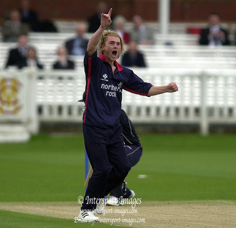 27/04/03  - Photo Peter Spurrier.2003 National Cricket League - Middlesex Crusaders v Derbyshire Scorpions, Chad Keegan. [Mandatory Credit:Peter Spurrier]..