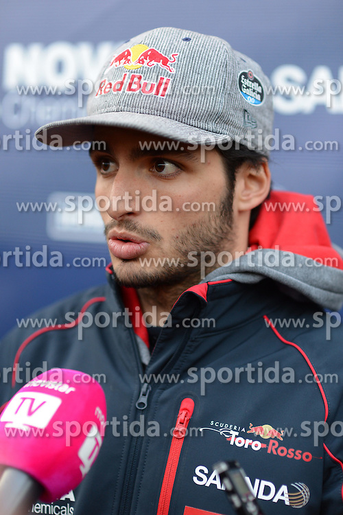 28.02.2015, Circuit de Catalunya, Barcelona, ESP, FIA, Formel 1, Testfahrten, Barcelona, Tag 3, im Bild Carlos Sainz jr (ESP) Scuderia Toro Rosso // during the Formula One Testdrives, day three at the Circuit de Catalunya in Barcelona, Spain on 2015/02/28. EXPA Pictures &copy; 2015, PhotoCredit: EXPA/ Sutton Images/ Patrik Lundin Images<br /> <br /> *****ATTENTION - for AUT, SLO, CRO, SRB, BIH, MAZ only*****