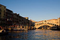 The Ponte di Rialto, Grand Canal, Venice, Italy / Italia December 4, 2007.