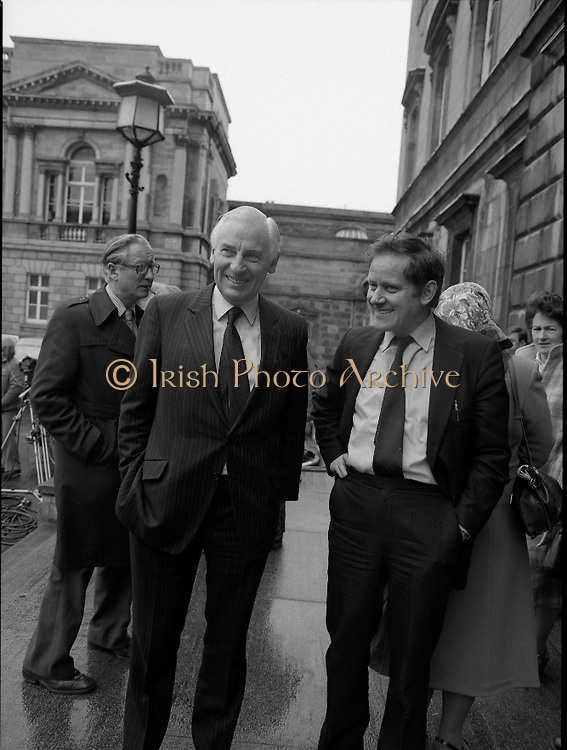 TDs arrive for the opening session of the 23rd Dáil...9-03-82.03-09-1982.9th March 1982..Pictured At Leinster House. ..Cork South Central Fine Gael TD Peter Barry...Senator Sean O'Leary.