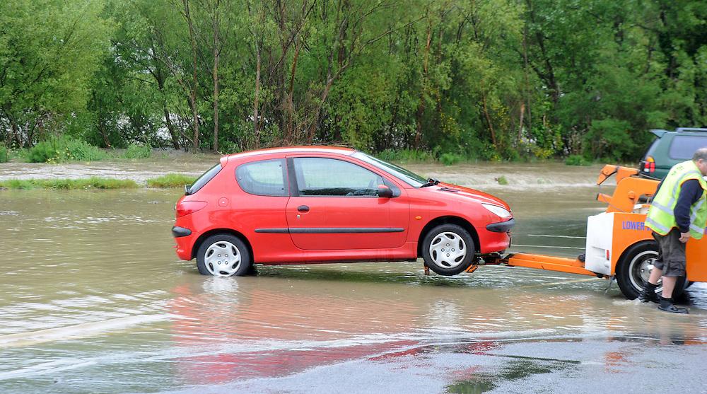 A rising Hutt River floods the Lower Hutt riverside carpark after heavy rains in the Tararuas, Lower Hutt, New Zealand, Thursday, October 31, 2013. Credit:SNPA / Ross Setford