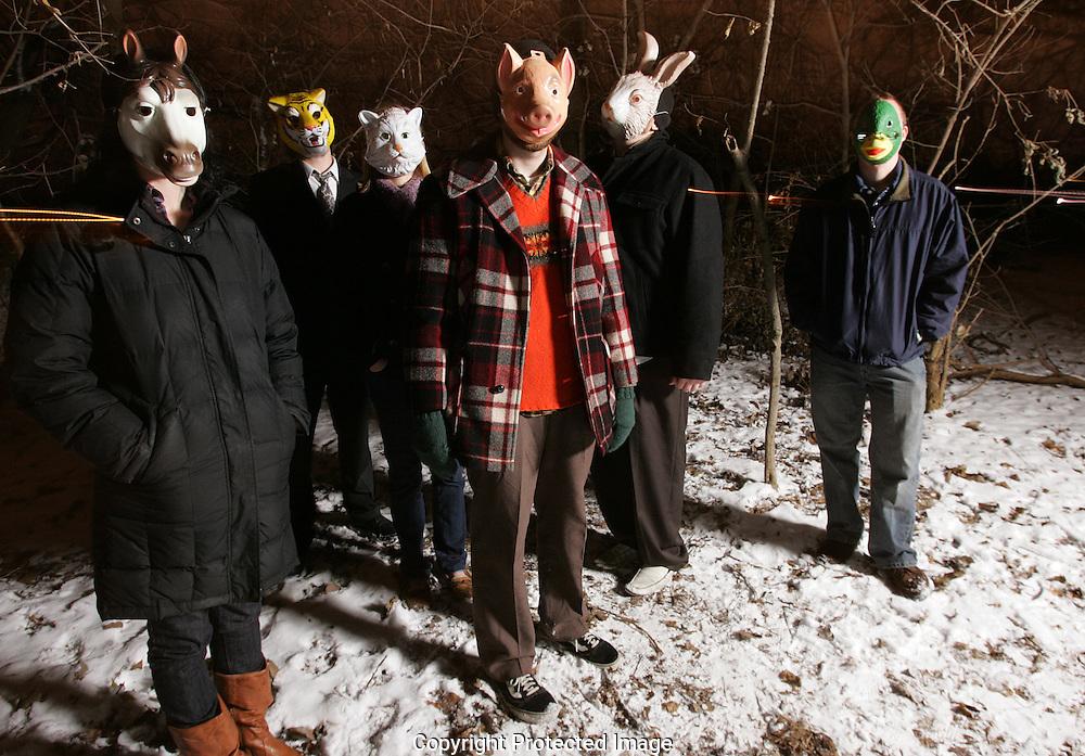 Super Desserts Band.Kitty: Fran Litterski.Duck: Steve Winstead.Lion: Justin Riley.Horse: Eve Searls.Pig: Tyler Evans..