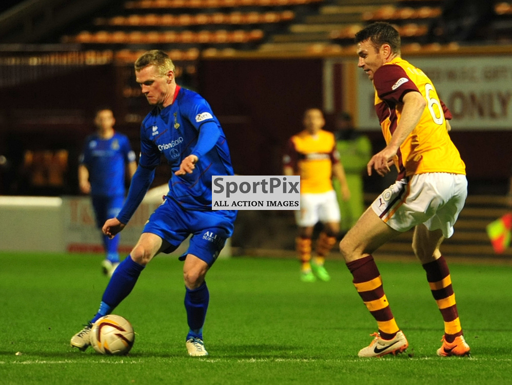 Billy McKay of Inverness gets away from Well's Stephen McManus<br /> <br /> (c) Billy White | SportPix.org.uk