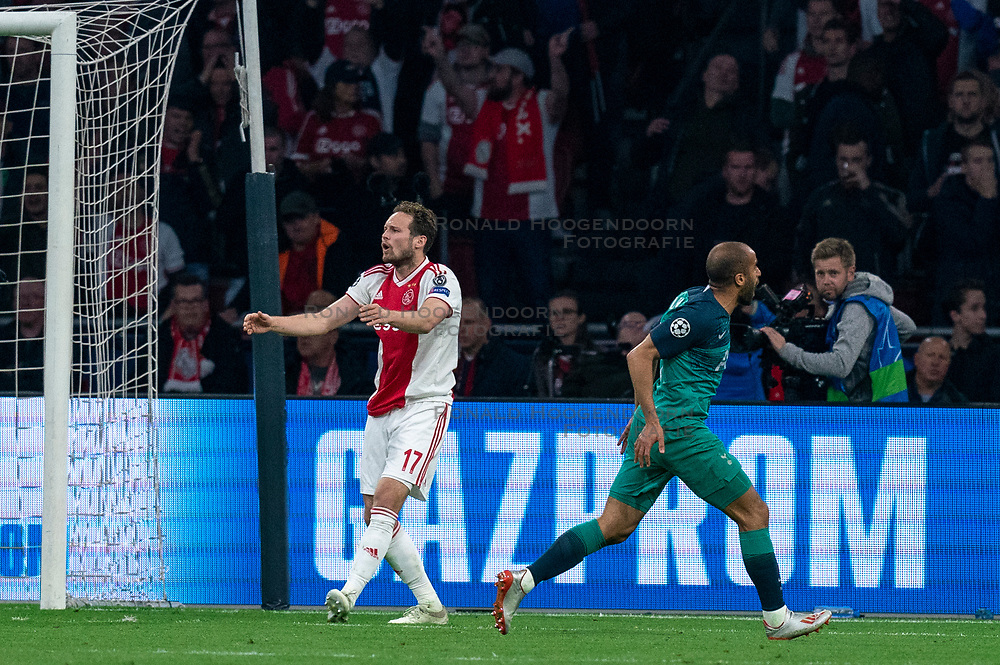 08-05-2019 NED: Semi Final Champions League AFC Ajax - Tottenham Hotspur, Amsterdam<br /> After a dramatic ending, Ajax has not been able to reach the final of the Champions League. In the final second Tottenham Hotspur scored 3-2 / Daley Blind #17 of Ajax, Lucas #27 of Tottenham Hotspur scores in rebound 2-2