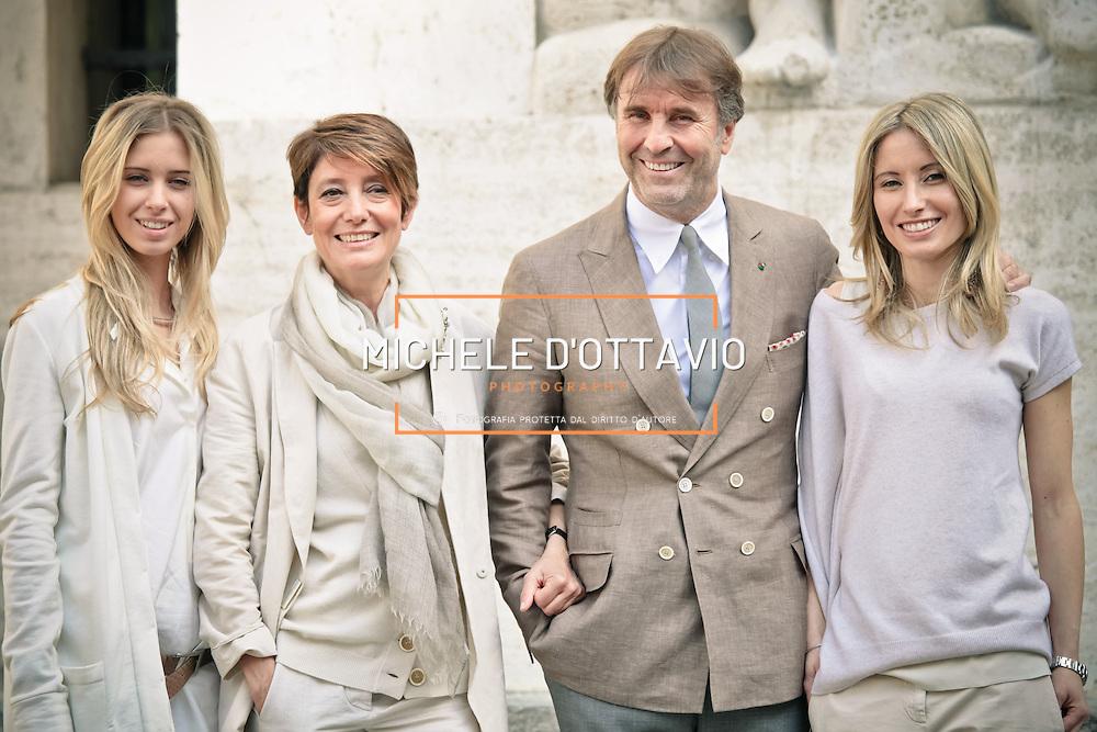 Da sinistra, Carolina, Federica, Brunello e Camilla Cucinelli<br /> <br /> Brunello Cucinelli con la moglie e le due figlie <br /> <br /> Brunello Cucinelli with his wife and two daughters