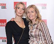Koninklijk Theater Carre, Amsterdam. Lancering van de zevende editie van Amsterdam XXXl. Op de foto: Mirja Romeyn-Poelstra en Saskia Roeda