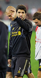 MELBOURNE, AUSTRALIA - Tuesday, July 23, 2013: Liverpool's Luis Suarez waves to the crowd during a training session at the Melbourne Cricket Ground ahead of their preseason friendly against Melbourne Victory. (Pic by David Rawcliffe/Propaganda)