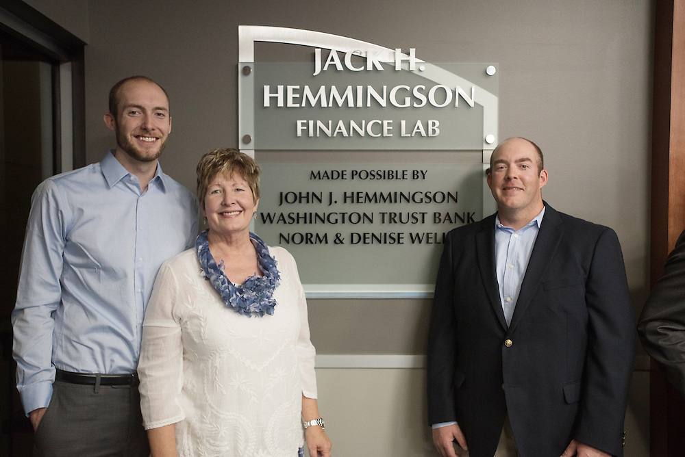 Dedication of the Hemmingson Financial Classroom in Jepson. (Photo by Rajah Bose)