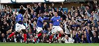 Fotball<br /> Premier League England 2004/2005<br /> Foto: SBI/Digitalsport<br /> NORWAY ONLY<br /> <br /> 30.10.2004<br /> Portsmouth v Manchester United<br /> <br /> Portsmouth's   David Unsworth celebrates his goal against Manchester.