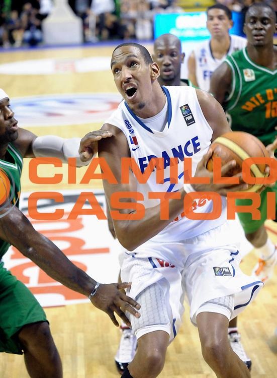 DESCRIZIONE : Tournoi Villeurbanne Preparation Championnat du monde France Cote d'Ivoire<br /> GIOCATORE : Ajinca Alexis<br /> SQUADRA : France<br /> EVENTO : France Basket Homme 2010<br /> GARA : France Cote d' Ivoire<br /> DATA : 22/08/2010<br /> CATEGORIA : Basketball Action Homme<br /> SPORT : Basketball<br /> AUTORE : JF Molliere FFBB par Agenzia Ciamillo-Castoria <br /> Galleria : France Basket Action Homme 2010 <br /> Fotonotizia : Tournoi Villeurbanne Preparation Championnat du monde France Cote D'Ivoire<br /> Predefinita :