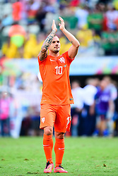 29.06.2014, Castelao, Fortaleza, BRA, FIFA WM, Niederlande vs Mexico, Achtelfinale, im Bild Wesley Sneijder (Niederlande) bedankt sich bei den Fans // during last sixteen match between Netherlands and Mexico of the FIFA Worldcup Brazil 2014 at the Castelao in Fortaleza, Brazil on 2014/06/29. EXPA Pictures © 2014, PhotoCredit: EXPA/ fotogloria/ Best Photo Agency<br /> <br /> *****ATTENTION - for AUT, FRA, POL, SLO, CRO, SRB, BIH, MAZ only*****