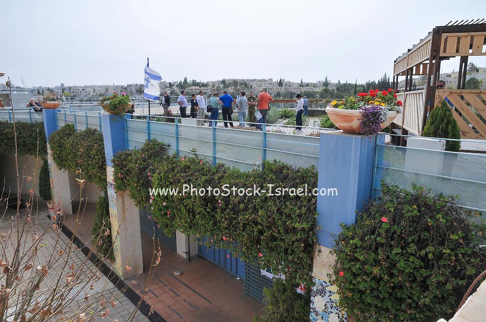 Rooftop agriculture at the Jerusalem bird observatory