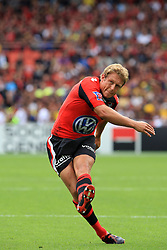 Jonny Wilkinson of Toulon takes a penalty during the French Top 14 Semi Final match between ASM Clermont Auvergne and RC Toulon at the Stade Municipal on June 3, 2012 in Toulouse, France.