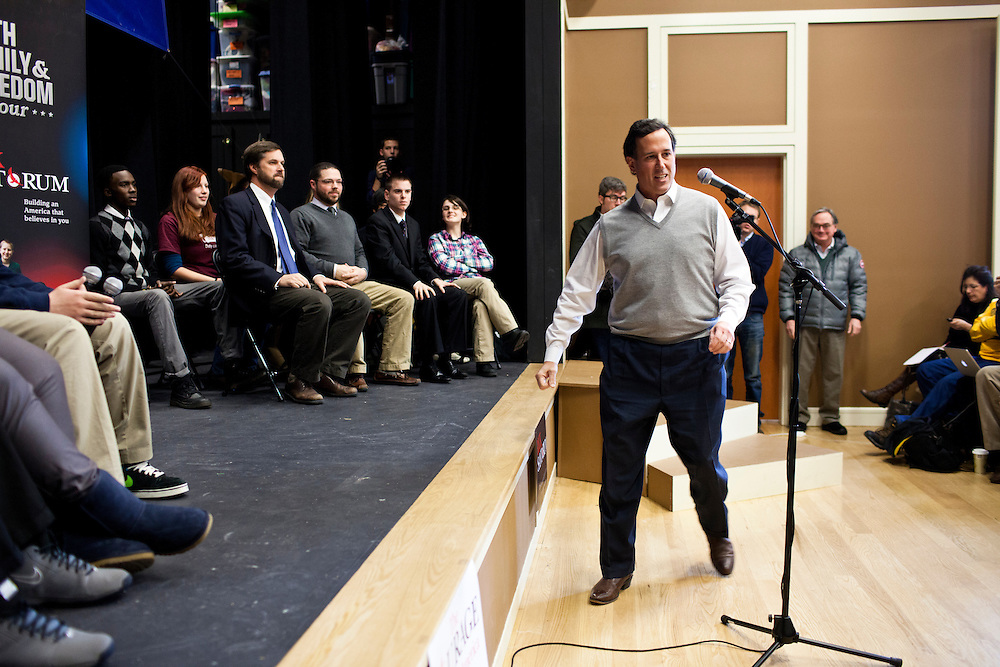 Republican presidential candidate Rick Santorum speaks at a town hall meeting on Friday, January 6, 2012 in Dublin, NH.
