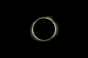 Total solar eclipse, totality, Bailey's Beads