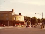 old dublin street photos October 1983 Patriots inn kilmainham, lounge and ba