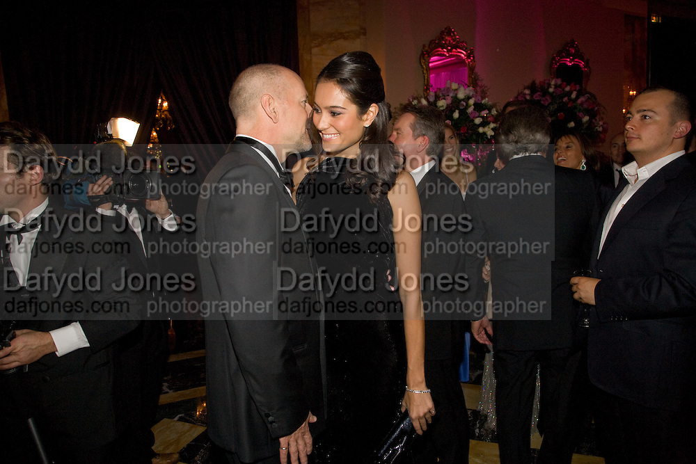BRUCE WILLIS; EMMA HEMING, The 2008 Crillon Debutante Ball, Crillon Hotel. Paris. 29 November 2008 *** Local Caption *** -DO NOT ARCHIVE -Copyright Photograph by Dafydd Jones. 248 Clapham Rd. London SW9 0PZ. Tel 0207 820 0771. www.dafjones.com