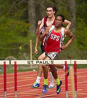St Paul's School Varsity Track.    ©2016 Karen Bobotas Photographer