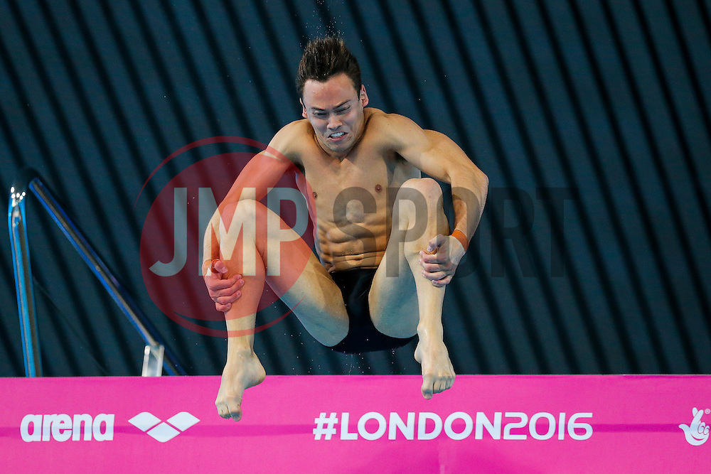Tom Daley of Great Britain competes in the Mens 10m Platform preliminary - Mandatory byline: Rogan Thomson/JMP - 15/05/2016 - DIVING - London Aquatics Centre - Stratford, London, England - LEN European Aquatics Championships 2016 Day 7.