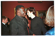 CHRIS OFILI; ANGUS FAIRHURST,  Turner prize private view, Tate Gallery. London. 27 October 1998., SUPPLIED FOR ONE-TIME USE ONLY> DO NOT ARCHIVE. © Copyright Photograph by Dafydd Jones 248 Clapham Rd.  London SW90PZ Tel 020 7820 0771 www.dafjones.com