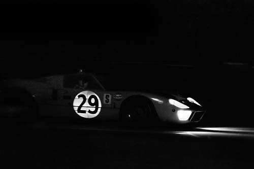 Ford GT40 brakes for hairpin during 1968 Sebring race