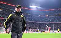 Fussball  DFB Pokal  Achtelfinale  2017/2018   FC Bayern Muenchen - Borussia Dortmund        20.12.2017 Trainer Peter Stoeger (Borussia Dortmund)  in der Allianz Arena