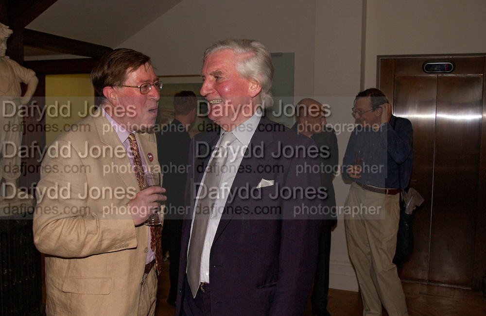 Alan Borg and Sir Alan Bowness, The opening of the Foundling Museum, Brunswick Sq. 9 June 2004. ONE TIME USE ONLY - DO NOT ARCHIVE  © Copyright Photograph by Dafydd Jones 66 Stockwell Park Rd. London SW9 0DA Tel 020 7733 0108 www.dafjones.com